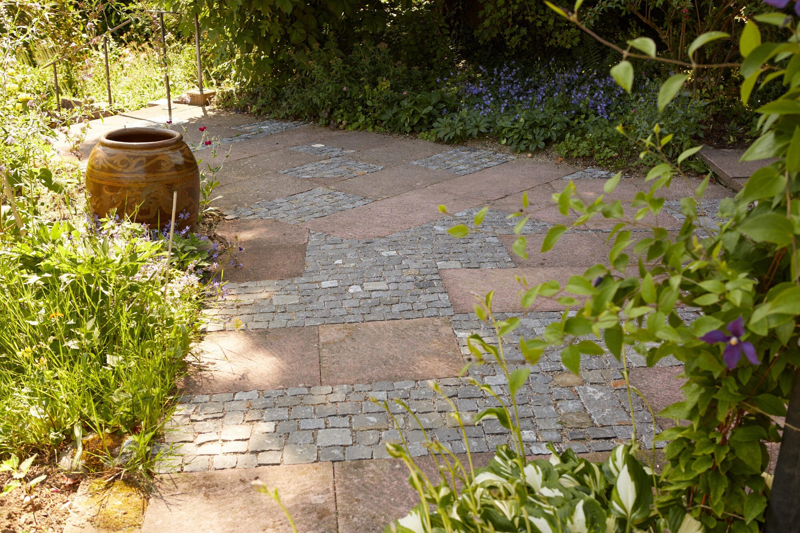 Mario Knecht Gartengestaltung Basel Bodenbelag