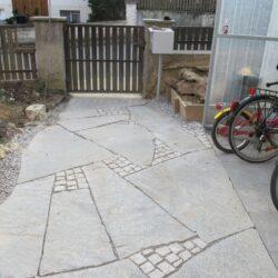 330 Granit Formwild